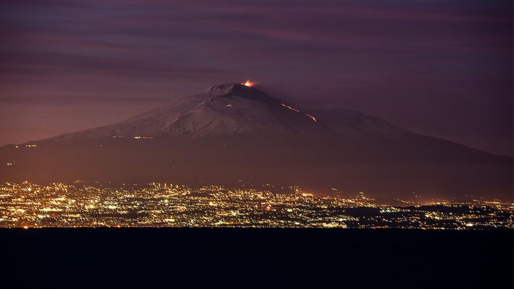 etna lav puskurtmeye devam 12 12.03.2021